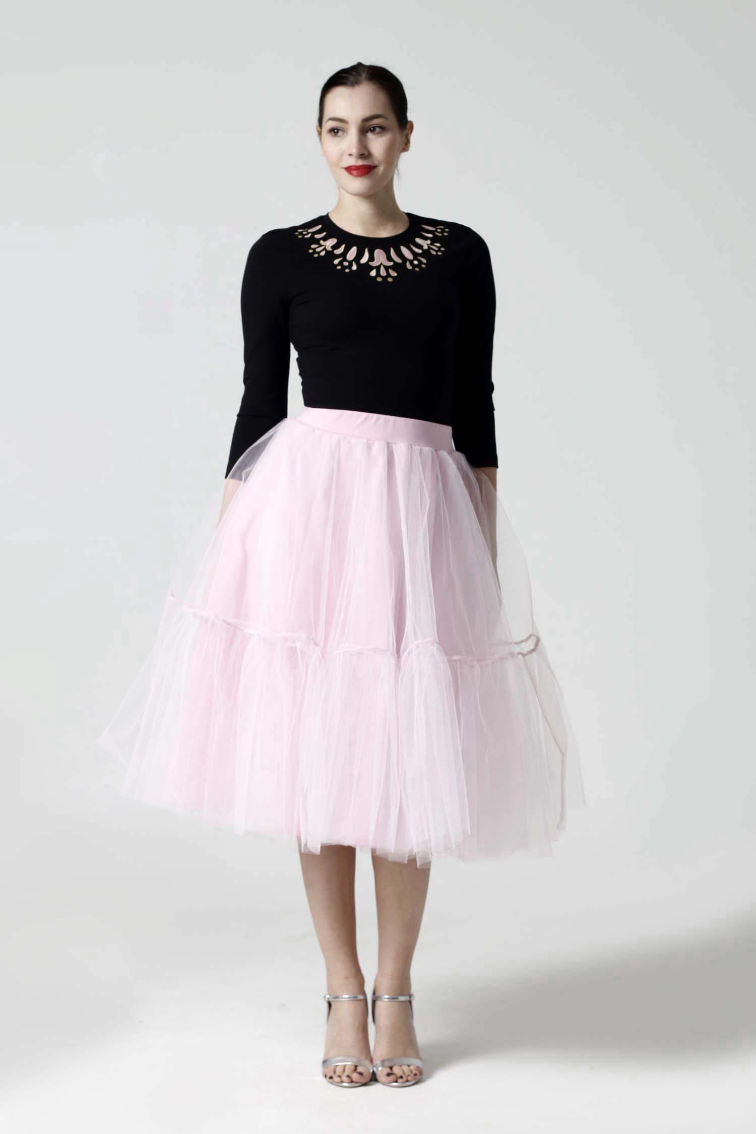 Tylová sukňa Midi ružová s volánmi - Zuzana Zachar 747b045674