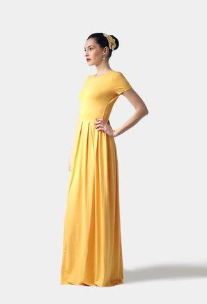 Dlhé žlté šaty