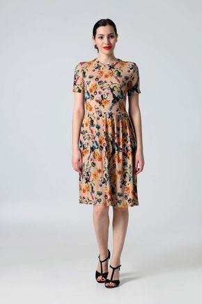 Šaty béžové s kvetinovým vzorom
