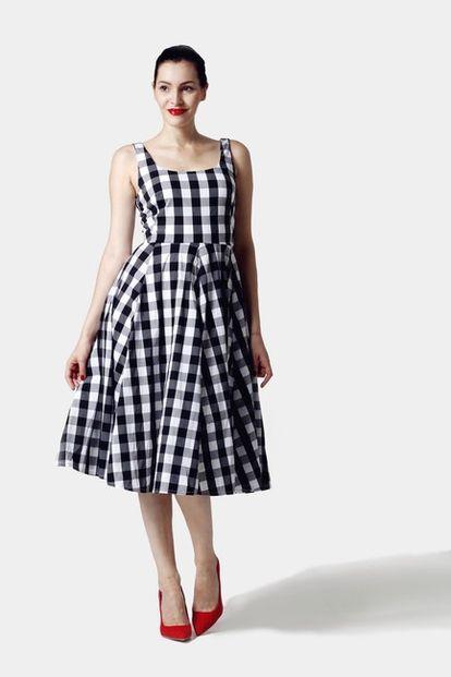 Šaty čierno biela kocka