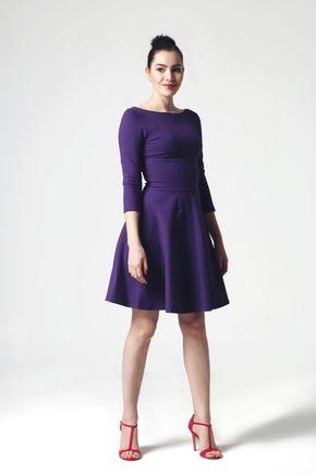 Šaty fialové s polkruhovou sukňou