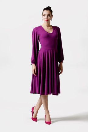 Šaty fialové s riaseným rukávom a výšivkou