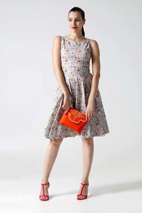 Šaty midi so vzorom bez rukávov
