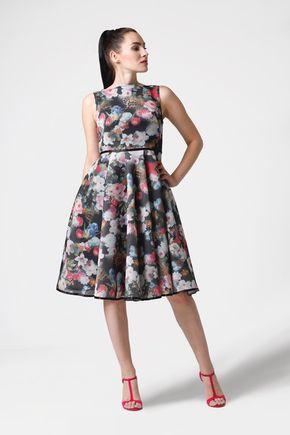 Šaty neoprénové čierne s farebnými kvetinami