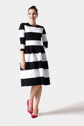 Šaty pásikavé čierno biele