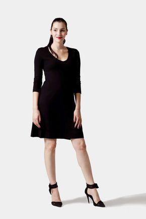 Šaty s polkruhovou sukňou