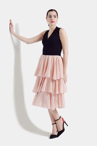 Šaty s volánovou šifónovou sukňou