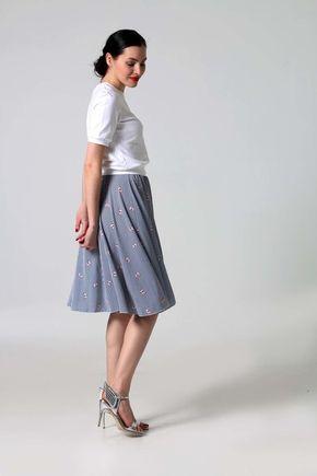 Sukňa bielo modrá pásikavá