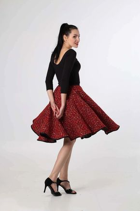 Sukňa z kostýmovky