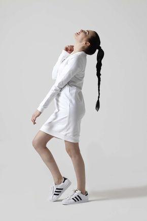 Teplákové šaty biele