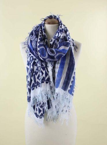 Šatka modro biely vzor