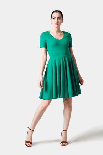 Šaty zelené s kruhovou sukňou